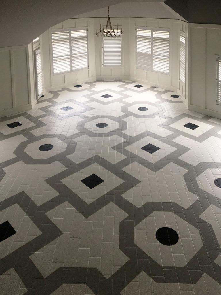 Lake Bluff Floor